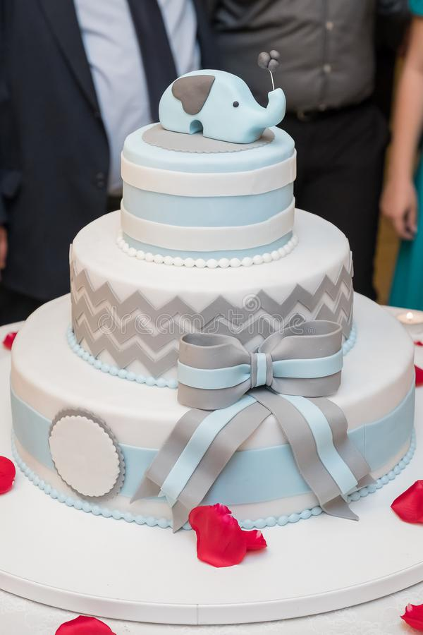 Κομψό κέικ στοκ φωτογραφίες