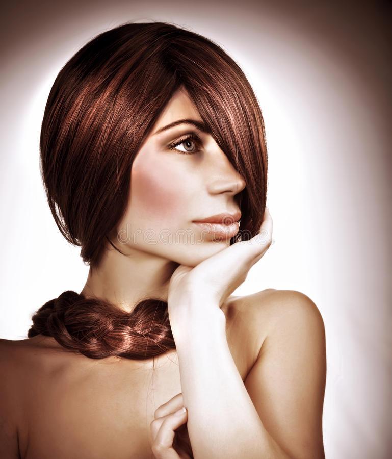 Κομψό hairdo στοκ εικόνες με δικαίωμα ελεύθερης χρήσης