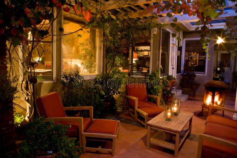 κομψό patio κατωφλιών στοκ φωτογραφία