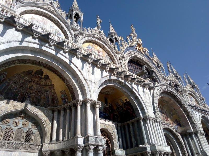 Κοντινή θέα σε ένα διάσημο κτίριο στη Βενετία - Ιταλία, πλατεία Σαν Μάρκο στοκ φωτογραφίες