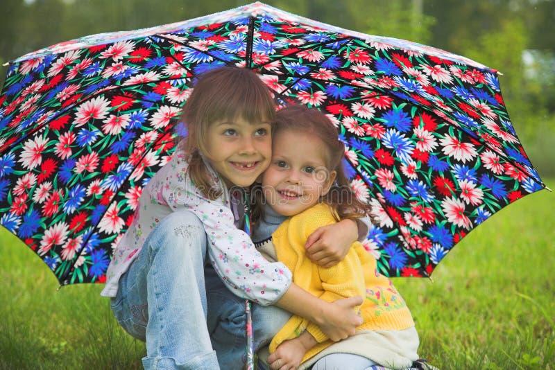 κορίτσια δύο στοκ εικόνα με δικαίωμα ελεύθερης χρήσης