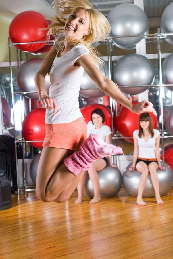 Download κορίτσια ικανότητας στοκ εικόνα. εικόνα από χορευτής - 13187119