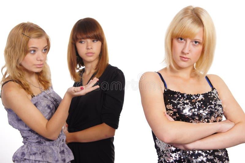 κορίτσια τρεις νεολαίε& στοκ εικόνα