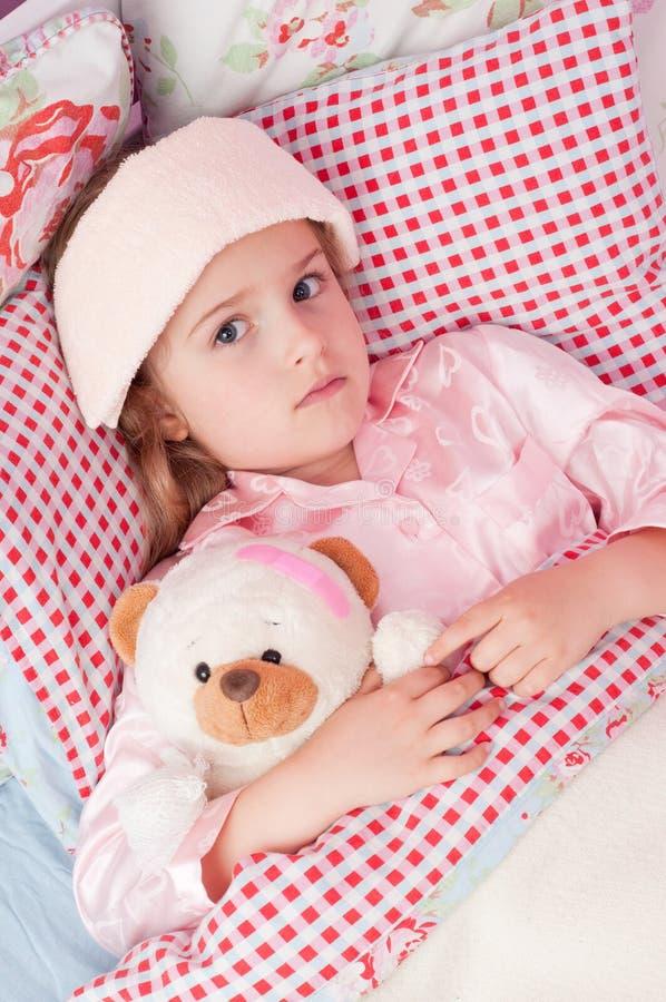 κορίτσι άρρωστο λίγα στοκ φωτογραφία με δικαίωμα ελεύθερης χρήσης