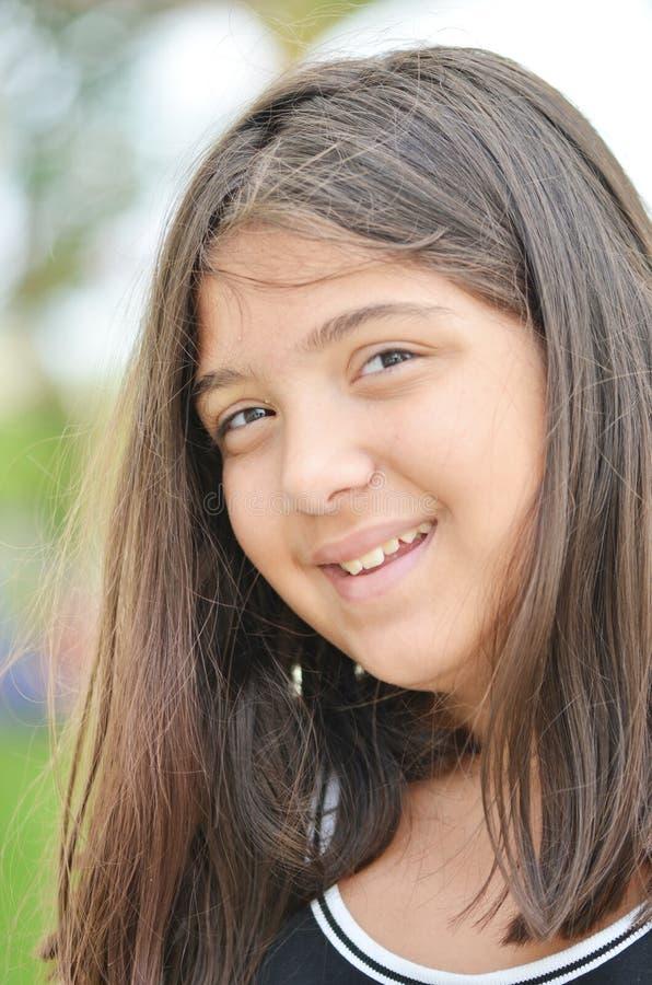 κορίτσι λίγο χαμόγελο στοκ φωτογραφίες με δικαίωμα ελεύθερης χρήσης