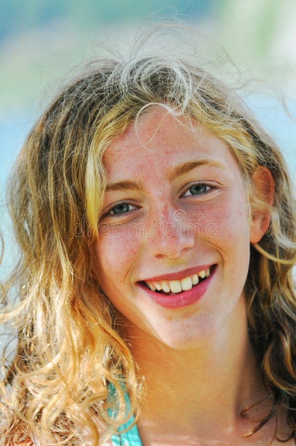κορίτσι αρκετά εφηβικό στοκ εικόνα