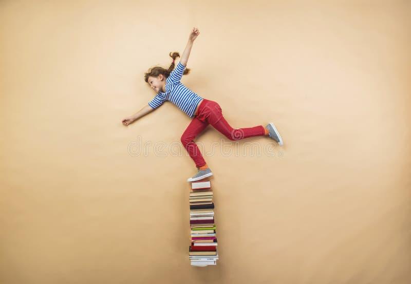 κορίτσι βιβλίων στοκ φωτογραφία