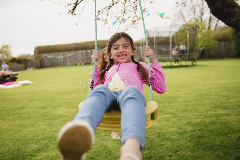 κορίτσι διασκέδασης πο&upsil στοκ εικόνα με δικαίωμα ελεύθερης χρήσης