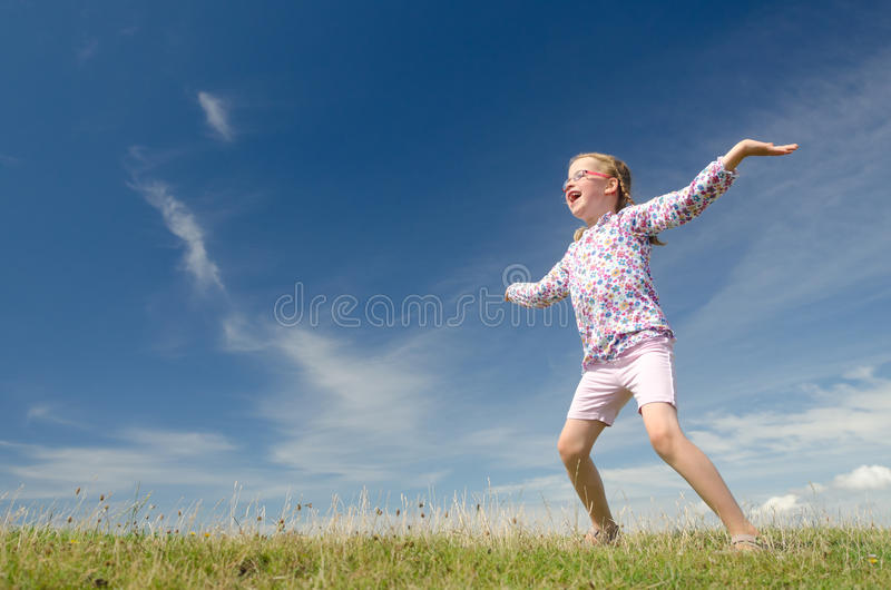 κορίτσι ευτυχές λίγα στοκ φωτογραφίες
