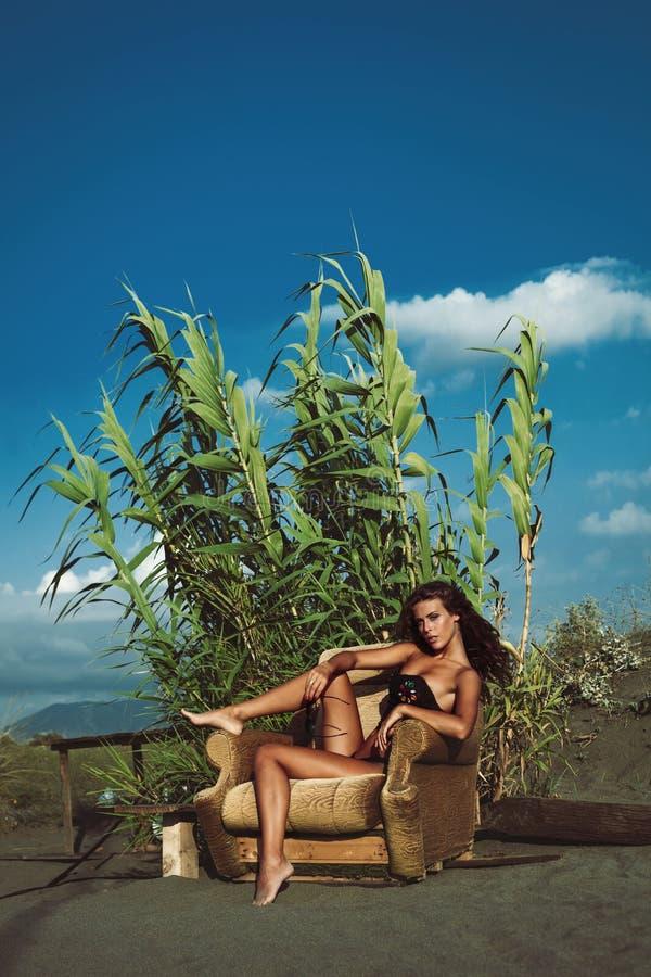 Κορίτσι θερινής μόδας στοκ εικόνες