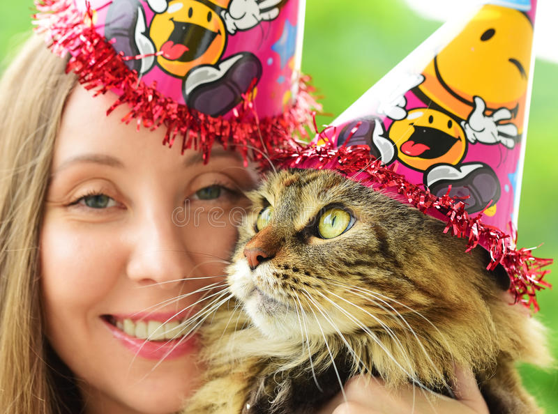 Κορίτσι και γάτα στοκ εικόνες