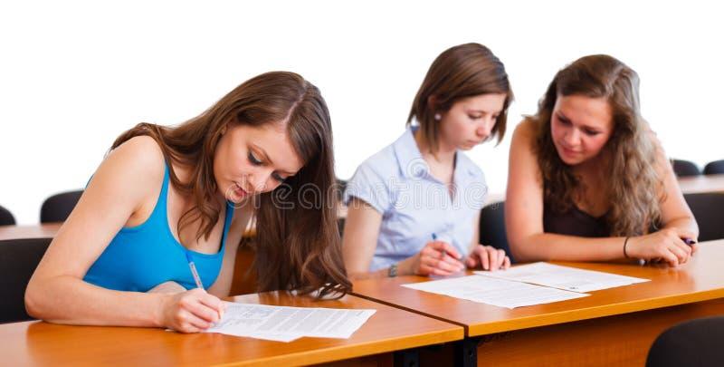 Κορίτσι κατά τη διάρκεια τελικών στοκ εικόνες με δικαίωμα ελεύθερης χρήσης