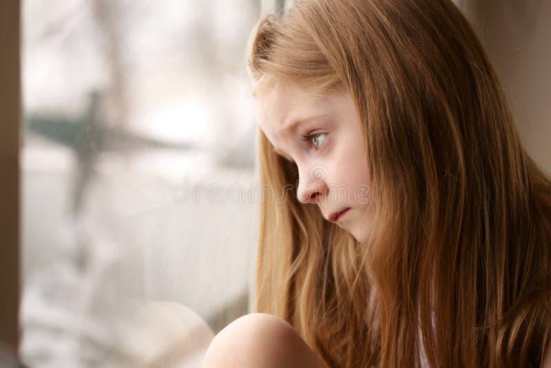 κορίτσι λίγα λυπημένα στοκ εικόνα με δικαίωμα ελεύθερης χρήσης