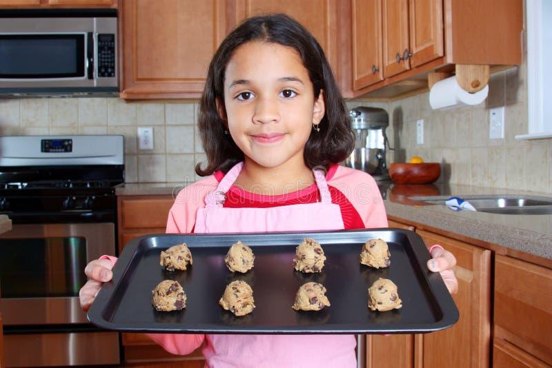 κορίτσι μπισκότων στοκ φωτογραφία