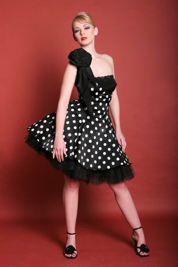 κορίτσι μόδας όμορφο στοκ φωτογραφία με δικαίωμα ελεύθερης χρήσης