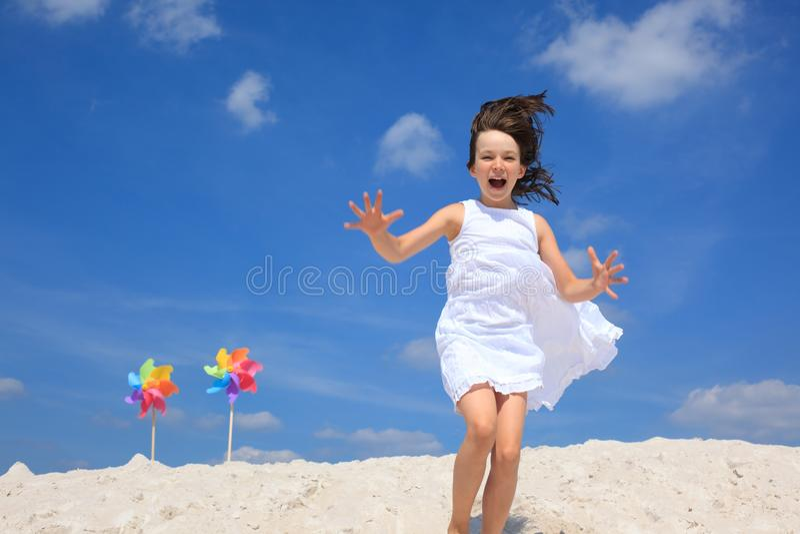 κορίτσι παραλιών στοκ φωτογραφία με δικαίωμα ελεύθερης χρήσης