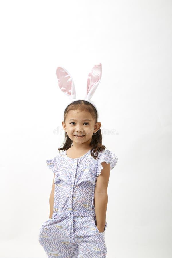 Κορίτσι που ενεργεί ως λίγη ημέρα Πάσχας στοκ φωτογραφίες με δικαίωμα ελεύθερης χρήσης