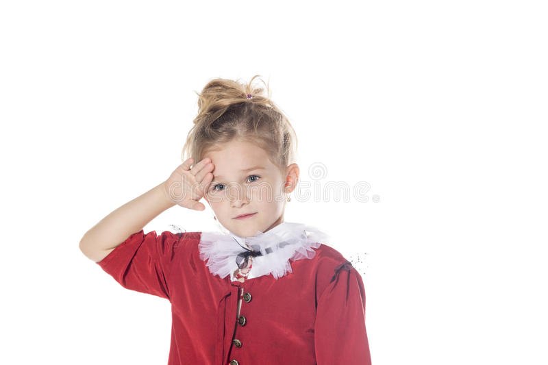 κορίτσι που κουράζοντα&iot Στοχαστικό χαριτωμένο παιδί που απομονώνεται στο άσπρο υπόβαθρο στοκ εικόνες