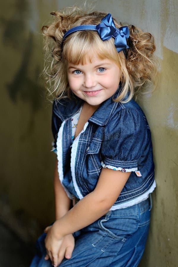 Κορίτσι πριγκηπισσών πορτρέτου στοκ φωτογραφία