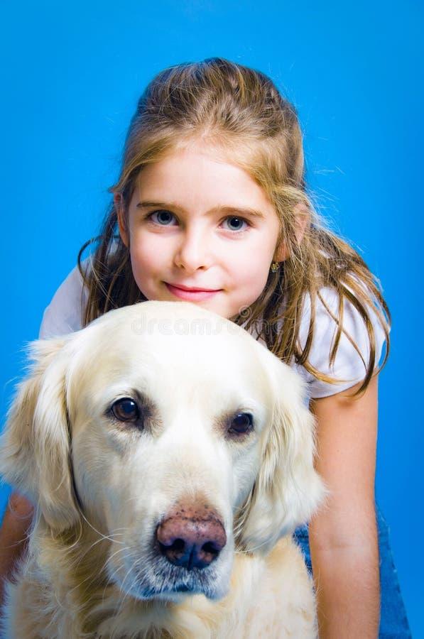 κορίτσι σκυλιών στοκ εικόνα με δικαίωμα ελεύθερης χρήσης