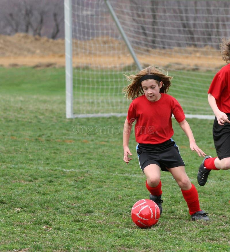 Κορίτσι στο γήπεδο ποδοσφαίρου 16 στοκ φωτογραφία με δικαίωμα ελεύθερης χρήσης