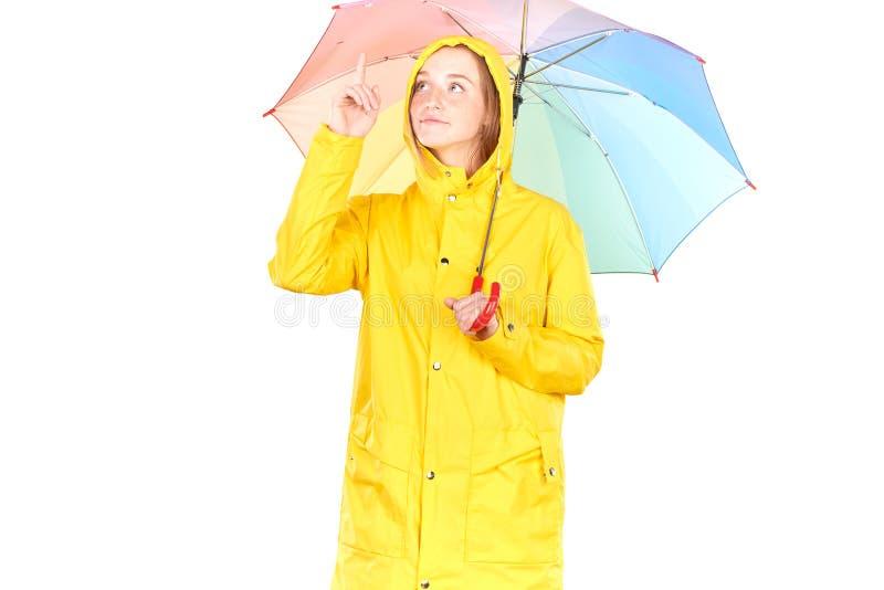 Κορίτσι στο κίτρινο αδιάβροχο στοκ φωτογραφίες με δικαίωμα ελεύθερης χρήσης
