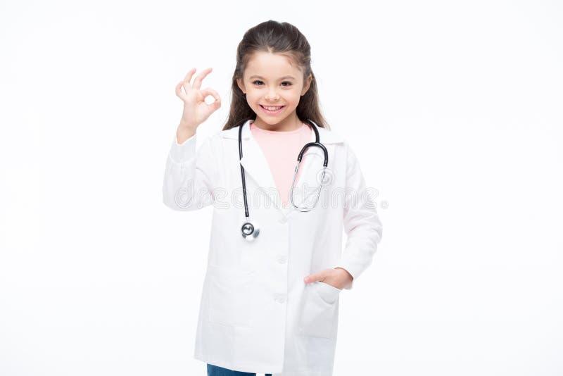 Κορίτσι στο κοστούμι γιατρών στοκ φωτογραφία
