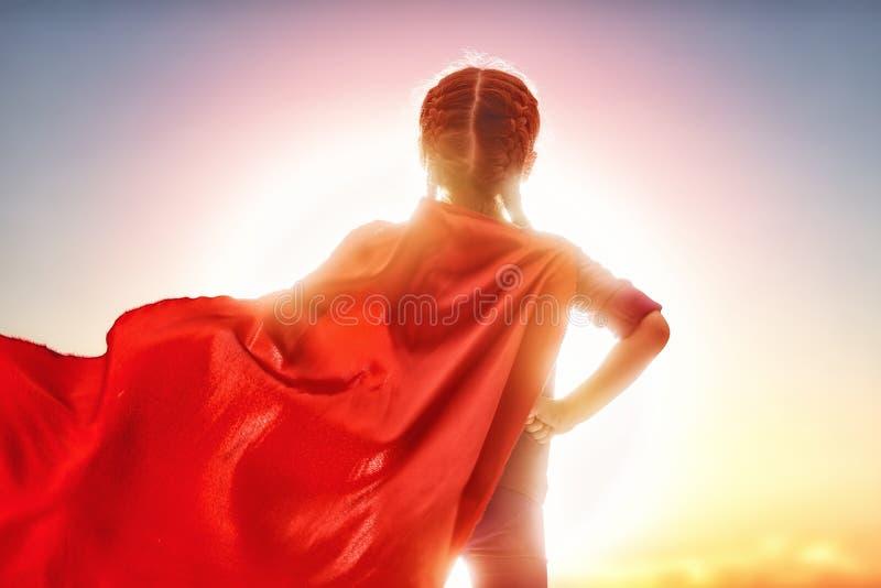 Κορίτσι στο κοστούμι Superhero στοκ εικόνες