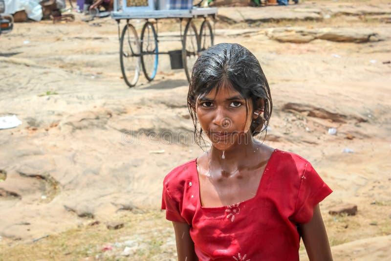 Κορίτσι τρωγλών στοκ εικόνες με δικαίωμα ελεύθερης χρήσης