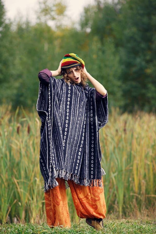 Κορίτσι χίπηδων στοκ φωτογραφία με δικαίωμα ελεύθερης χρήσης