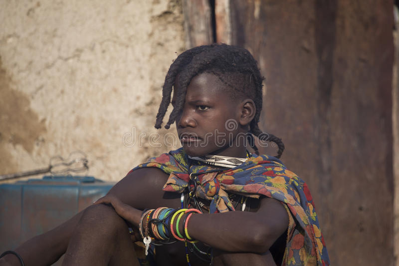 Κορίτσι Himba στοκ εικόνες