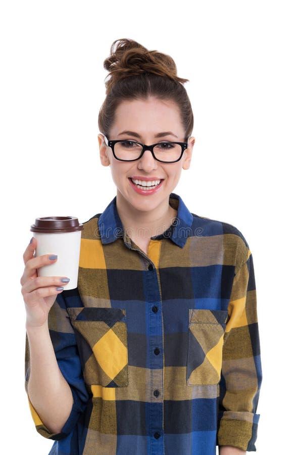 Κορίτσι Hipster με τον καφέ για να πάει στοκ φωτογραφία