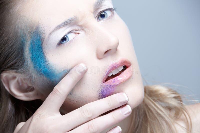 Κορίτσι Makeup Blondie ΤΕΧΝΗΣ στοκ φωτογραφία με δικαίωμα ελεύθερης χρήσης
