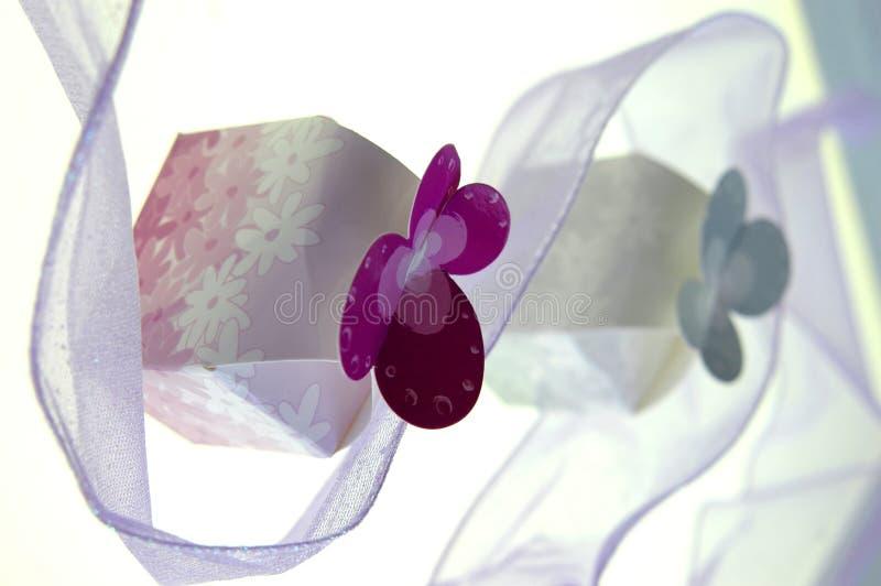κορδέλλα δώρων κιβωτίων στοκ εικόνα με δικαίωμα ελεύθερης χρήσης