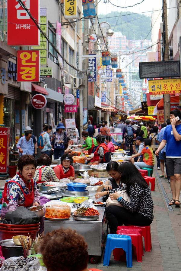 Κορεατική υπαίθρια αγορά τροφίμων στοκ φωτογραφία
