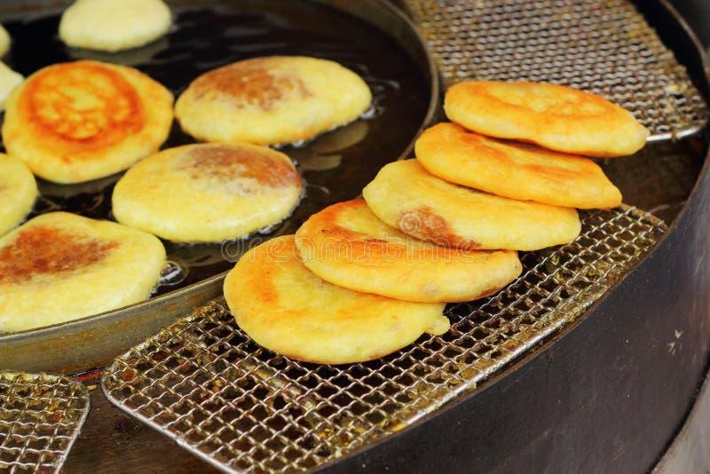 Κορεατικό πρόχειρο φαγητό Hoddeok στην αγορά στοκ εικόνα με δικαίωμα ελεύθερης χρήσης