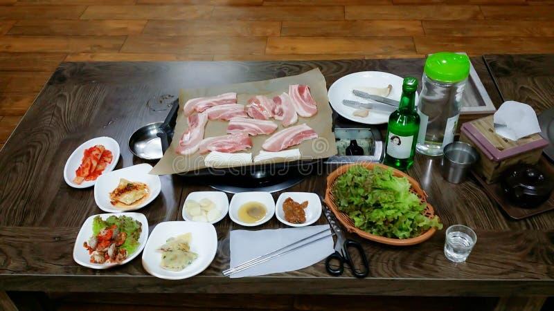 Κορεατικό ψημένο στη σχάρα χοιρινό κρέας στοκ εικόνες