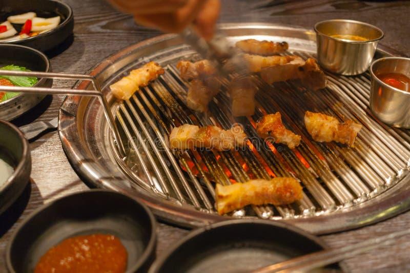 Κορεατικό ψημένο στη σχάρα BBQ κοιλιών χοιρινού κρέατος στοκ εικόνα με δικαίωμα ελεύθερης χρήσης