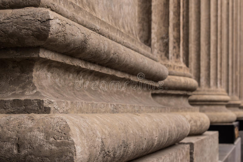 Download Κορινθιακή λεπτομέρεια 4 βάσεων στηλών Στοκ Εικόνες - εικόνα από αρχιτεκτονικής, λεπτομέρεια: 62707938