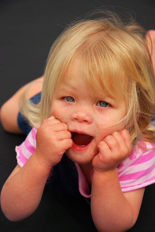 κοριτσάκι ευτυχές στοκ φωτογραφία με δικαίωμα ελεύθερης χρήσης