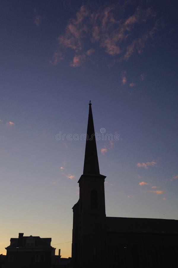 Κορυφή εκκλησιών σε μια μικρή πόλη στοκ φωτογραφίες