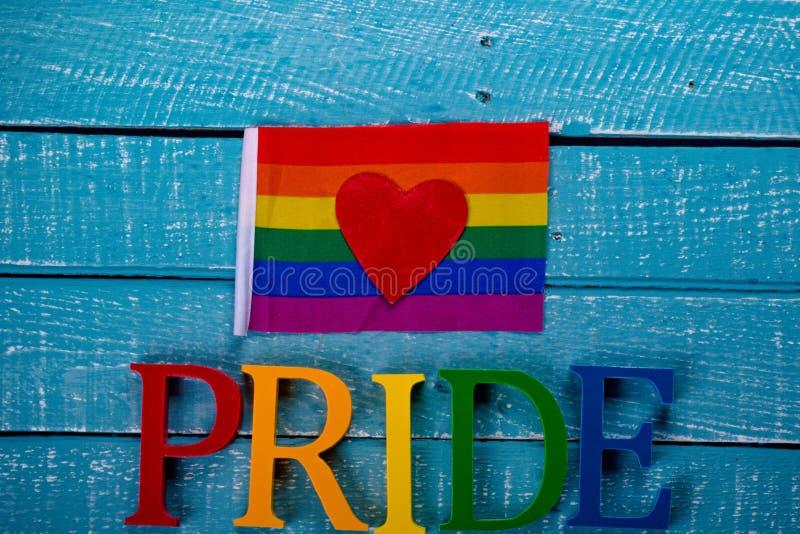 Κορυφή κάτω από τη φωτογραφία της ομοφυλοφιλικής έννοιας υπερηφάνειας στοκ εικόνα