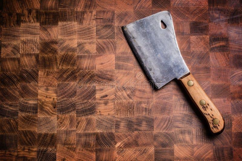 Κορυφή του εκλεκτής ποιότητας κρέατος χασάπηδων wiev στον ξύλινο πίνακα στοκ εικόνα με δικαίωμα ελεύθερης χρήσης