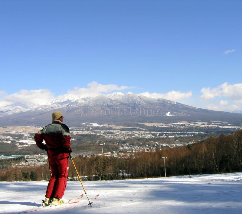 Download κορυφαίος κόσμος στοκ εικόνες. εικόνα από αθλητισμός, βουνό - 387388