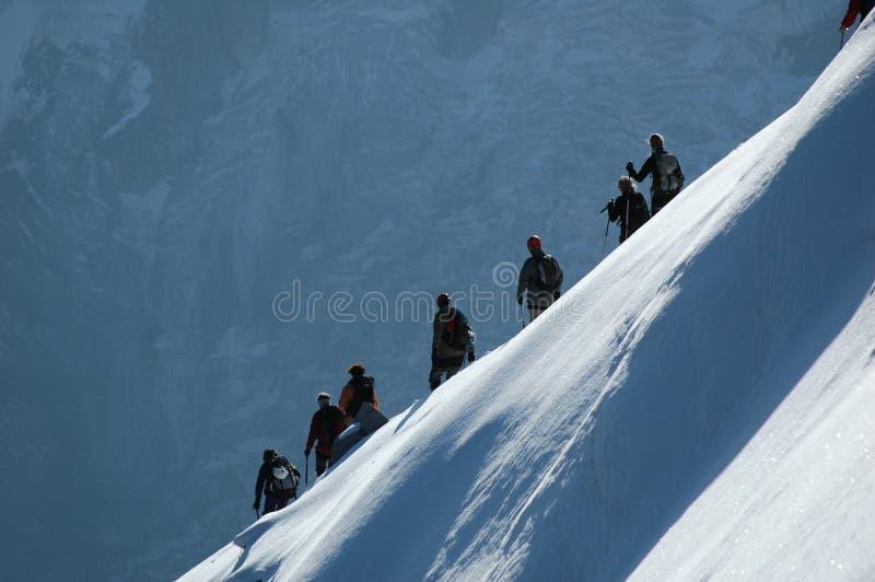 κορυφογραμμή ορειβατών στοκ εικόνα με δικαίωμα ελεύθερης χρήσης