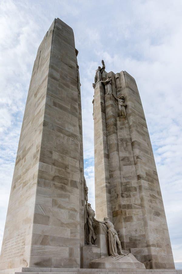 ΚΟΡΥΦΟΓΡΑΜΜΉ VIMY, ARRAS/FRANCE - 12 ΣΕΠΤΕΜΒΡΊΟΥ: Κορυφογραμμή Vimy εθνική γεια στοκ φωτογραφία με δικαίωμα ελεύθερης χρήσης
