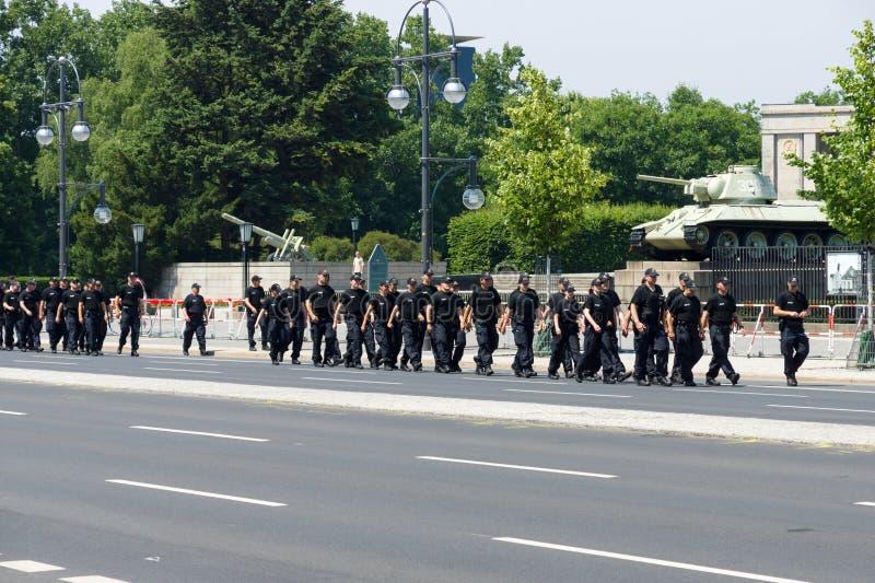 Κορδόνι αστυνομίας κοντά στην πύλη του Βραδεμβούργου στοκ εικόνες