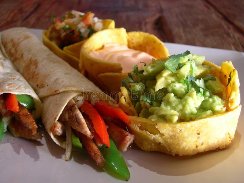 κοτόπουλο μεξικανός burritos στοκ φωτογραφία με δικαίωμα ελεύθερης χρήσης