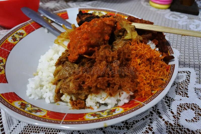Κοτόπουλο ρυζιού από Lombok στοκ φωτογραφίες