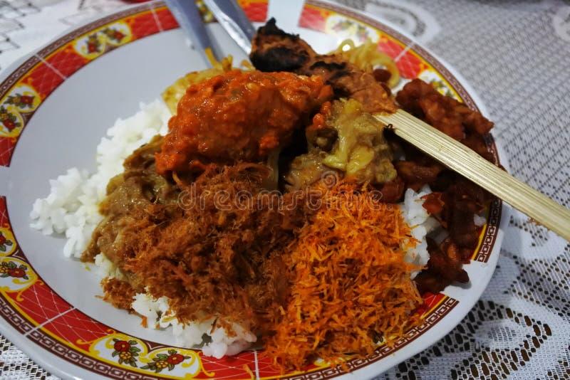 Κοτόπουλο ρυζιού από Lombok στοκ εικόνες